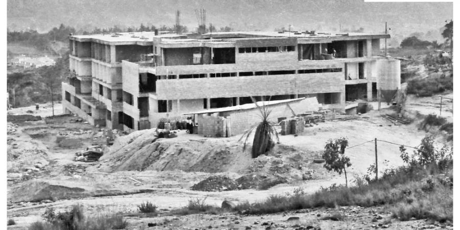 4.-1982
